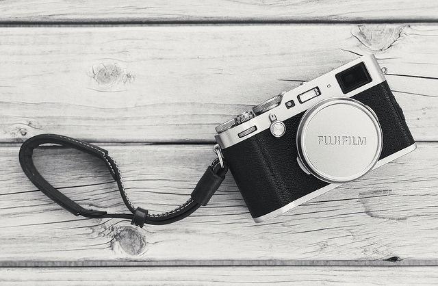 Don't Buy A Cheap Crap Camera Strap